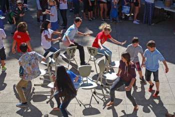 stoelendans spel muziek